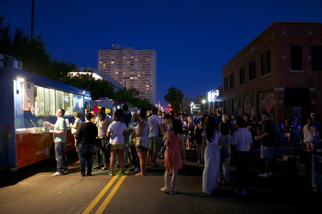 H&8th Night Market