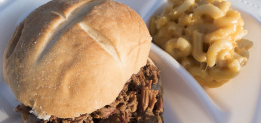 Pulled Pork with Mac & Cheese from Flying Big BBQ - photo by Dennis Spielman